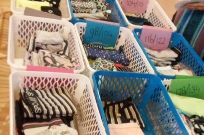 Nieuw ondergoed en sokken voor inloophuis Open Haven